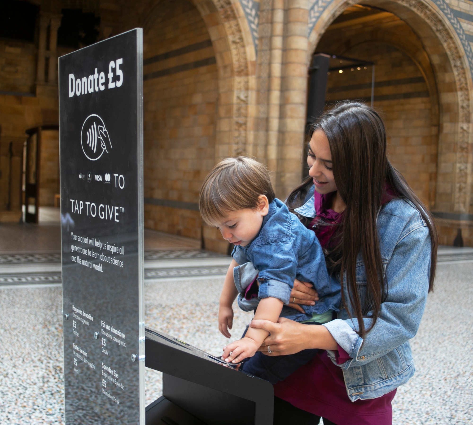 Going contactless at the Natural History Museum